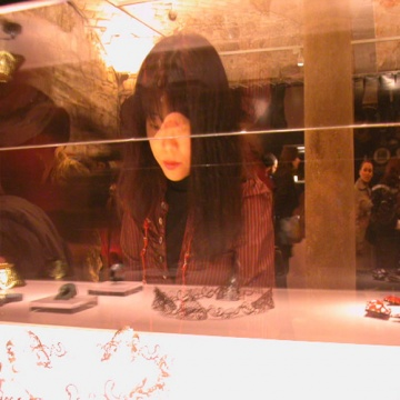 Mari Ishikawa visiting the exhibition